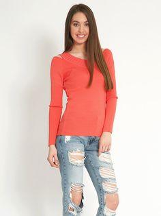 Μπλούζα με ανοιχτούς ώμους - 9,99 € - http://www.ilovesales.gr/shop/blouza-me-anichtous-omous-9/