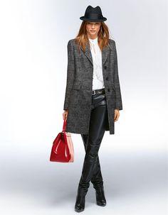 Kurzmantel in der Farbe schwarz / weiss - schwarz, weiss - im Madeleine Mode Onlineshop