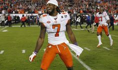 Scouts think Clemson WR Mike Williams will run a 4.6 or slower = The 40-yard dash is the NFL Combine's premier event, but reports indicate that Clemson wideout Mike Williams may not enjoy it all that much. There are those who think his 40 time could be slow, something that can…..