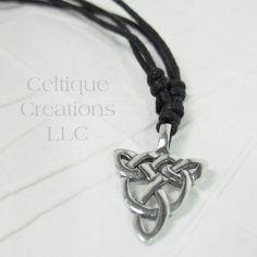 Celtic Open Knot Triqetra Fine Pewter Adjustable Necklace #celtic #celticknot #triquetra #celticnecklace #celticjewelry #celtiquecreations