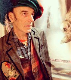 Retro G Couture archives Dandystyle #menstagram #artistslife #poet #cosplay #mensstyle #menswear #dickensiandandy #retrogcouture #dandy #dandychic #dandystyle #dapper #dappergent #gent #sartorial #simplydapper #dapperlydone #stylishmen #menstagram #gayguy #mensweardaily #mensaccessories #janeausten #magician #musician #guitarist #instaband #singersongwriter by retrogcouture https://www.instagram.com/p/BFdVWU_Mztm/ #jonnyexistence #music