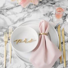 Genius Ways to Add Trendy Marble Decor to Your Wedding | Brit + Co