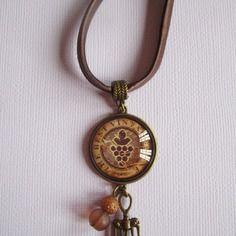 "Collier ""vinothérapie"", cabochon bronze, bijou fantaisie"