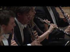 Stravinsky: Petrushka / Rattle · Berliner Philharmoniker