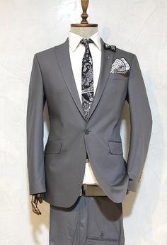 http://urun.n11.com/takim-elbise/victor-baron-yeni-sezon-slim-fit-takim-elbise-P105801725