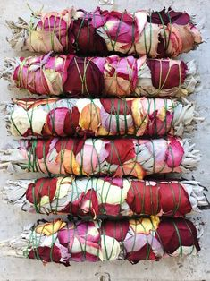 Organic White Sage Inch wrapped with roses.Smudging is important purification ritual in many different cultures and traditions. Tinta Natural, Diy Foto, Burning Sage, Deco Nature, Deco Floral, Aromatherapy Candles, Smudge Sticks, Rose Petals, Witchcraft