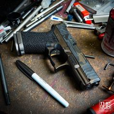 "1,039 Likes, 2 Comments - MAD Custom Coating (@madcustomcoating) on Instagram: ""#Repost @thegunco ・・・ Doin work...#oemparts#igmilitia #dailybadass #guns #glock #assandbrass…"""