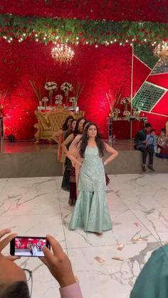 Indian Wedding Songs, Indian Wedding Bridesmaids, Best Wedding Dance, Wedding Dance Video, Girl Dance Video, Desi Wedding, Wedding Videos, Indian Weddings, Bridal Songs