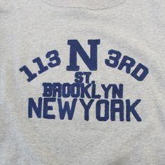 拡大イメージ表示 New Print, Print Logo, Vintage Outfits, Vintage Fashion, Text Layout, New York Life, T Shorts, Fashion Graphic, Apparel Design