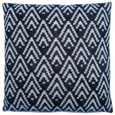 Tante Asta pude Knit Pillow, Knitted Pillows, Knitwear, Knit Crochet, Embroidery, Blanket, Knitting, Collection, Design
