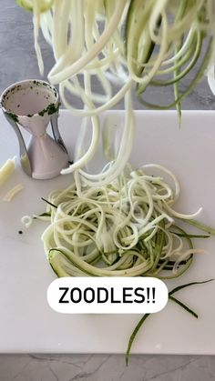 amandanighbertrd on Instagram: Who's meal prepping today! Zoodles are so easy to make and always on my menu! Health Dinner, Greatest Hits, Meal Prep, Amanda, Prepping, Dinner Recipes, Low Carb, Menu, Ethnic Recipes