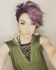 Who wants @samihairmagic to do another short hair styling tutorial??? Let's hear yes or no