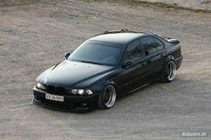 BMW E39 M5 black deep dish