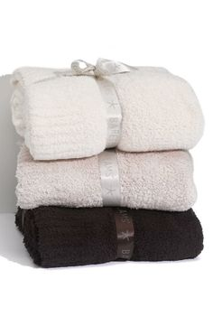 Snuggle Up! Cozy Chic Throw