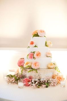Lovely. I would want the white of the cake to be a cream/ivory color. I think that would be gorgeous.
