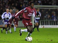 ~ Emmanual Adebayor on FC Metz ~ Fc Metz, Real Madrid, Premier League, Soccer, Football, European Football, Soccer Ball, American Football, Futbol