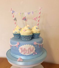 Mother's Day cake and cupcakes. Mum, celebration, sponge cake, bunting.  www.facebook.com/xtrulycupcakex