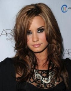 Perfect fall hair color! I wish I could pull this off