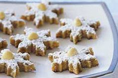 Macadamia-Lime Snowflakes Cookies - This is a bar cookie, top with green sugar?, tint dough green?, garnish with macadamias?