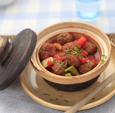 Gehaktballetjes in groentesaus