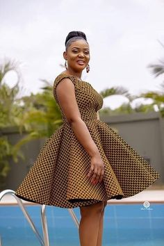 African Dresses Styles: Checkout This Creative African Dress Design - Dabonke : Nigeria Latest Gist and Fashion 2019 African Print Dress Designs, African Print Clothing, African Fashion Ankara, Latest African Fashion Dresses, Chitenge Dresses, Short African Dresses, Women's Dresses, Ankara Dress Styles, African Traditional Dresses