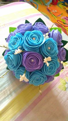 Felt bouquet-violet and blue
