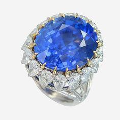 Cornflower blue Sapphire no heat 34 carats in IVY diamonds and gold ring. www.ivynewyork.com
