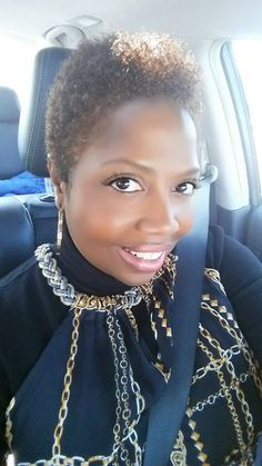 Ms. Angie, Ladies Of Natural Hair Mag Wearing A Classy Tapered Style IG:@angiec225 #naturalhairmag