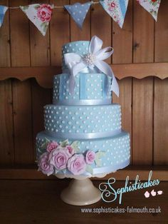 Cottage Rose Cake  - Cake by Sophisticakes-Falmouth