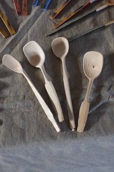 one of Sweden's best spooncarvers Fritiof Runhall - Robin Wood