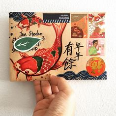 "Canyi (@ckenyee) on Instagram: ""年年有餘 . . #年年有餘 #yearofthedog #chinesenewyear #happymail #write #handwritten…"" Diy Envelope, Envelope Design, Letter Writing, Letter Art, Mail Art Envelopes, Pen Pal Letters, Fun Mail, Watercolor Journal, Postcard Design"