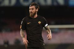 Daniele De Rossi of Roma during the Serie A TIM match between SSC Napoli and AS Roma at Stadio San Paolo Naples Italy on 3 March 2018