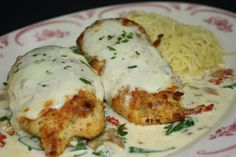 Maggiano's Restaurant Copycat Recipes: Stuffed Chicken Florentine