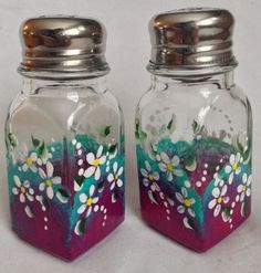 Hand Painted Salt & Pepper Shakers  White Daisy by AStrokeofBeauty