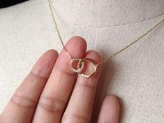 Pavé Two Circles Necklace in Gold, Gold plated, Dainty Necklace, Tiny Round Necklace - Halskette Gold Chain Design, Gold Jewellery Design, Mens Jewellery, Geek Jewelry, India Jewelry, Gothic Jewelry, Handmade Jewellery, Jewellery Box, Designer Jewelry