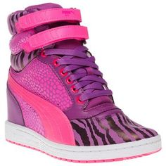 NOW that's what we call BRIGHT! The Puma Sky Wedge Reptile Trainers are near enough a reptile in their crazy animal print and bold colours! <3 em'