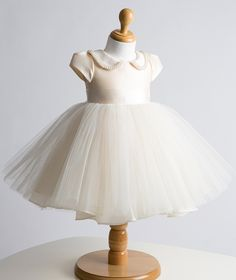 joelho comprimento pérolas 2014 cetim e tule vestido de baile flor menina vestido infantil aniversário da princesa vestido formal vestido 78.00