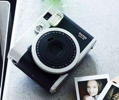 Fujifilm Instax Mini 90 Neo Classic #camera #fuji