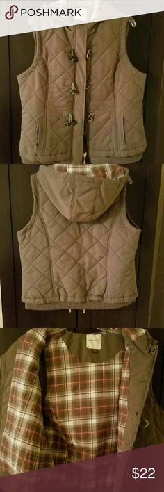Sonoma Women's Vest Size XL,  zipper up front along with toggle bolt buttons, just like new. Flannel lining. Sonoma Jackets & Coats Vests