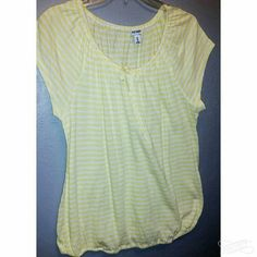 Shirt New, never worn just took the tags off. Cute for upcoming spring and summer Old Navy Tops Blouses
