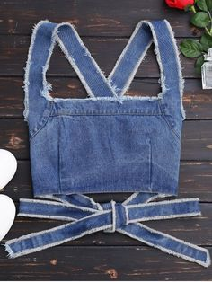 Ideas for diy ropa reciclada ideas fashion Denim Crop Top, Crop Top With Jeans, Crop Tops, Denim Shirt, Cute Tank Tops, Cross Shirts, Crop Top Outfits, Look Vintage, Lace Tank