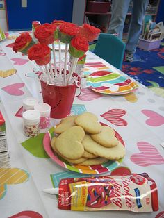 Cute ideas for a classroom Valentine's party