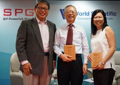 Group photo of President of SPGG, Mr Jimmy Lim, Guest VIP, Mr Lim Siong Guan and moderator, Professor Tan Hwee Hoon