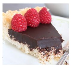 Chocolate Macaroon Pie (Gluten Free): crust: shredded coconut, honey, coconut oil. Filling: unsweetened chocolate, coconut milk, honey, coconut oil.  Hmmm, coconut heaven!