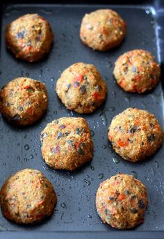 Vegan vegetable dumplings with zucchini, eggplant and pepper. Vegan vegetable dumplings with zucchini, eggplant and pepper. Vegan Zucchini Recipes, Healthy Salad Recipes, Vegetarian Recipes, Healthy Food, Vegetable Dumplings, Cooking Dumplings, Beignets, Best Appetizers, Food And Drink