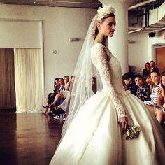 Floral wedding dress<3