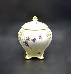 Royal Crown Derby, Crown Royal, Tea Jar, Tea Caddy, Flowering Vines, Beige Color, Light Beige, Canisters, Purple Flowers