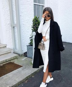 32 bequeme trendige Damenoutfits im Trend 2019 – Mode Outfits elegant – – Coat of arms Winter Fashion Outfits, Look Fashion, Autumn Winter Fashion, Womens Fashion, Fashion Trends, Fashion Coat, Dress Fashion, Fashion Beauty, Winter Coat Outfits