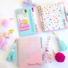 Cute pink and blue planner pom poms and tassels! Cute Planner, Happy Planner, Agenda Planner, Diy Pour La Rentrée, Cute Stationary, Cute School Supplies, Planner Organization, Diy And Crafts, Stationery