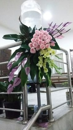 Orchid Flower Arrangements, Large Floral Arrangements, Church Flower Arrangements, Funeral Bouquet, Funeral Flowers, Deco Floral, Arte Floral, Flower Decorations, Wedding Decorations